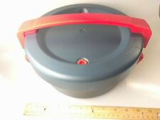 Kuhn Rikon Duromatic Micro- Microwave Pressure Cooker RED