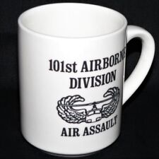 101st AIRBORNE DIVISION AIR ASSAULT SCHOOL BADGE - MUG / COFFEE CUP vgc 9oz rare