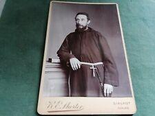 ancienne photo sur carton - religieu  en pose
