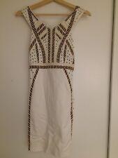 Blanco con dibujos vestido con lentejuelas de Zara Tamaño Pequeño