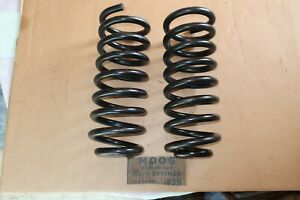 NORS Moog 538 1941 1946 1953 Buick Roadmaster Super Front Coil Springs Special