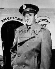 """JAMES """"JIMMY"""" STEWART LIEUTENANT, U.S. ARMY AIR CORPS - 8X10 PHOTO (ZZ-344)"""