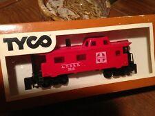Railroad Train Tyco HO scale vintage Caboose Santa Fe Boxcar In Box Gift