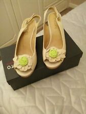 staccato shoes size 6