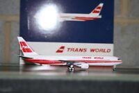 Gemini Jets 1:400 TWA Trans World Boeing 767-300 EI-CAL (GJTWA470) Model Plane
