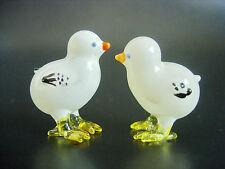 2 Minuscule Bébé Blanc Verre Poussins Miniature poules Farm Yard Animal Ornement Cadeau