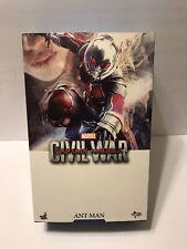 Hot Toys Captain America: Civil War Ant-Man 1/6 Scale Figure