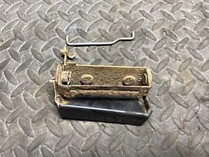 97-01 Honda CR-V CRV Tailgate Lower Handle Trunk Lift Tail Gate Opener 0196