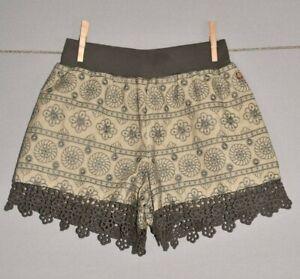 MATILDA JANE NEW $48 Olive Medallion Tried & True Shorts Girls 12
