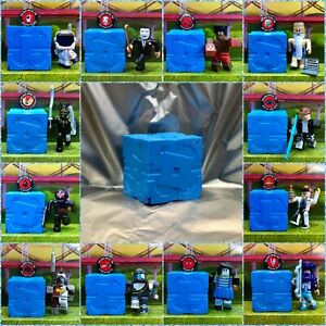 Roblox Series 9 (NEW!) Mystery Box BLUE Cube Kids Toy Figures Pack+Virtual Codes