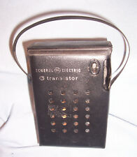 GE General Electric 6 Transistor P945A Portable AM Battery Operated Pocket Radio