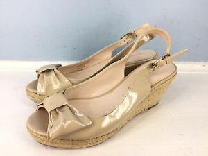 Franco Sarto Beige Patent Leather 6.5 Slingback Bow Peep Toe Wedge esapdrille