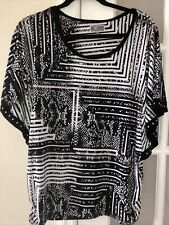 Jm Collection Black & White Top Bat Wing Sleeves Silver Studs Size M New