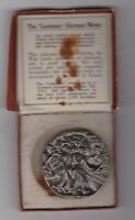 BOXED LUSITANIA GERMAN MEDAL IN NEAR MINT CONDITION.