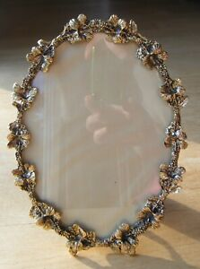 Vintage Hollywood Regency MATSON? Oval Gold Frame w/ Flowers