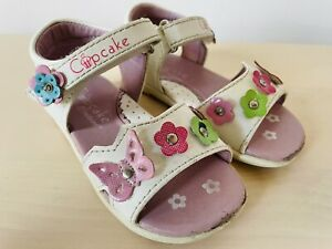 Cupcake Couture Toddler Girl Butterfly & Flower Sandals white Eur22