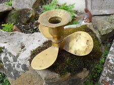 Ancien bougeoir en laiton forme hélice à Bateau