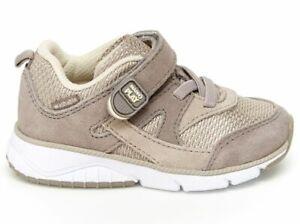 Boys Stride Rite Soft Grey/Tan Non-Tie Sneakers Little Boys Size 9 Medium