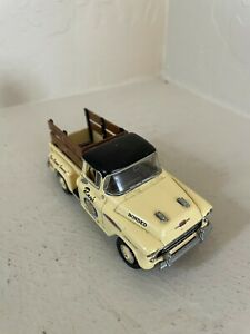 Matchbox model of yesteryear made in england  1957 chevrolet 3100