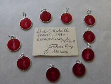 lot de 10 medailles Enfant Jesus de Prague couleur ROUGE  colors medals