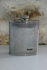 Flasque en métal - Offert par BASF - Bon état
