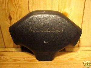 GEO TRACKER 92-95 1992-1995 STEERING WHEEL HORN PAD OE