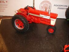 1/16  International farmall 560 custome