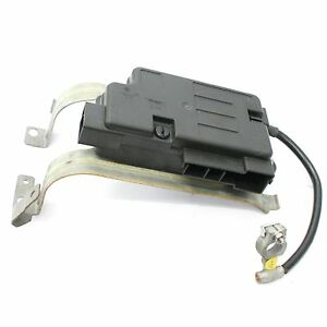 VW EOS Clip On Battery Distribution Board Fuse Box 1Q0 937 548