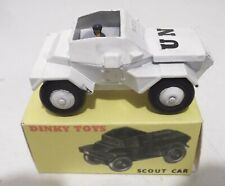 DINKY TOYS MILITARY SCOUT CAR 673