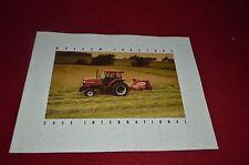 Case International 5250 5240 5230 5220 Tractor Dealers Brochure AMIL8