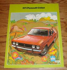 Original 1971 Plymouth Cricket Sales Brochure Folder 71