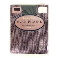 Evan Picone Business Sheer Pantyhose Hunter Green Medium Large Control Top 762