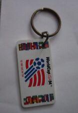 1994 USA  FOOTBALL SOCCER WORD CHAMPIONSHIP LOGO KEY RING