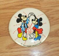 Vintage Walt Disney Productions Minnie & Mickey Mouse Dancing Button **READ**