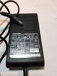 ORIGINAL TOSHIBA AC ADAPTOR PA3083U-1ACA 15V 5A Charger