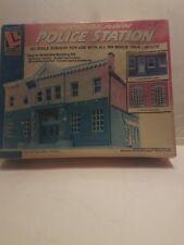 Life-Like Woodlawn Police Station Vintage #1382 HO Factory Sealed