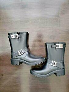 Michael Kors 8M Black Rubber Buckle Logo Lug Rain Boot