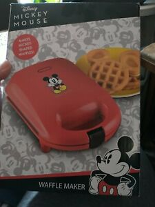 Disney Mickey Mouse Red Waffle Maker non stick begian waffles mickey shaped