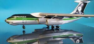Ilyushin IL-76 Iraqi Airways YI-ALU desktop Wood model in 1:200 scale