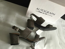 Ladies Sz 10 Autograph Step on Air BRAND STUNNING Soft Grey Sandals