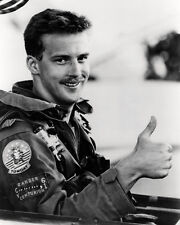 Anthony Edwards Top Gun 16x20 Canvas Giclee In Flying Suit As Goose