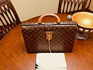 LOUIS VUITTON Serviette Fermoir Monogram Briefcase / Doctor Bag - Made In France