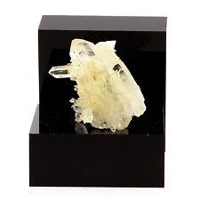 Quartz cristal de roche. 73.5 ct. Le Trou des Chasseurs, Vizille, Isère, France