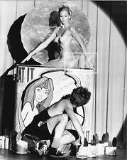 EAT IT Alicia BRANDET Pop Art Peintre CASARETTI Satyre Film PIERLUIGI Photo 1968