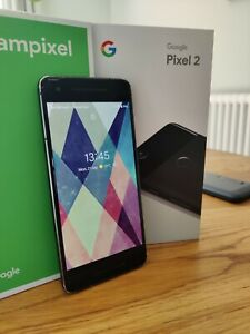 Google Pixel 2 - 64GB - Just Black (Unlocked) Smartphone with Spigen case