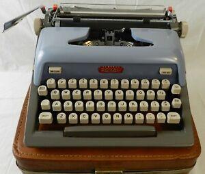 Royal Futura 800 Portable Typewriter Blue w/Case - Tested & Working