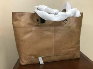Frye Melissa Extra Large Antique Italian Leather Traveler Shoulder Bag Beige NWT
