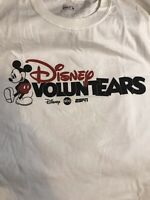 Disney VoluntEARS Cast Member Group XL Shirt Disney World Mickey Mouse Disneyana
