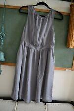 Tevolio Size 10 Gray Short Semi-Formal Dress
