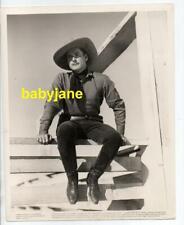 ERROL FLYNN ORIGINAL 8X10 PHOTO COWBOY SITTING ON FENCE 1939 DODGE CITY DBL WGT